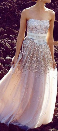 Love the prom dress