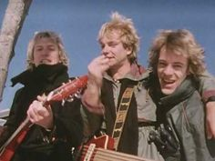 """THE POLICE / DE DO DO DO, DE DA DA DA (1980) -- Check out the """"I ♥♥♥ the 80s!! (part 2)"""" YouTube Playlist --> http://www.youtube.com/playlist?list=PL4BAE4D6DE43F0951 #1980s #80s"""