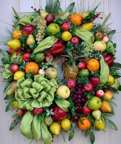 Williamsburg Style-Full of Fruit