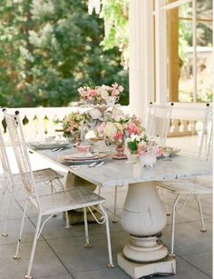 patio set that is perfect for morning coffee/tea and a newspaper or good book.  fabulous!