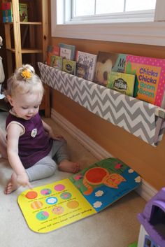 Grey and White Chevron Book Sling 1 Sling Size by bluehousejoys, $30.00... @Emily Schoenfeld Danielson this would be cute in Ava's room! When she needs a book corner!