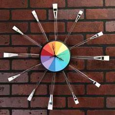 DIY Artsy Rainbow Clock decor crafts, christmas crafts, art studios, home office decor, wall clocks, paint brushes, diy home, diy projects, art rooms
