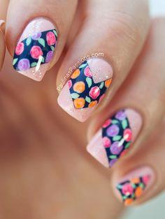 Amazing Flower Nails design