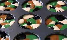 camo cupcake batter, yes!!
