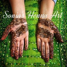 Party hand ! Simple design by Sonia's Henna Art