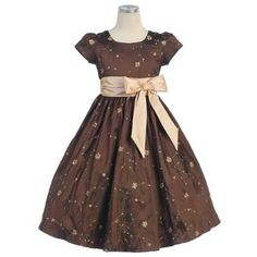 So pretty for an adorable young lady to wear!