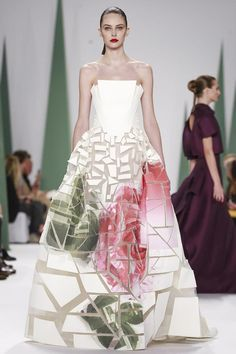Carolina Herrera Ready-to-Wear Spring/Summer 2015.