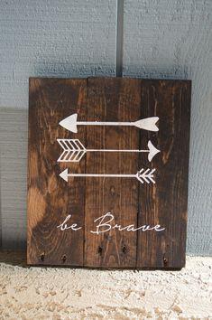 Single - Reclaimed Wood Planked Art - Rustic Nursery / Woodland - be Brave - have Courage - Explore - Arrows - Antlers - Pine Tree - Kids