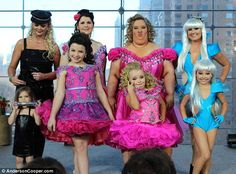 Toddlers and Tiaras moms hahhaa!