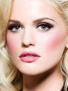 How to do Barbie doll style makeup