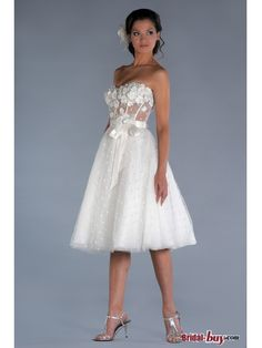 Unique Floral Sash Appliqued Bodice Tulle Wedding Dresses