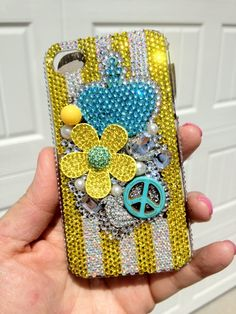 LOVE this bling phone cover!