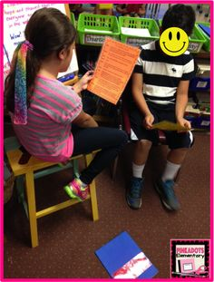 Pinkadots Elementary : Tuesday Tried It: Fluency Friday Folders!