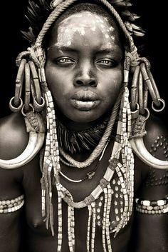 Mursi girl from Mago / Omo valley