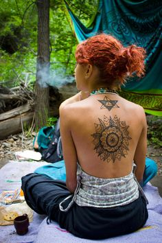 #cool #tattoos #tattoo #photography #awesome #bodyart #art #tribalprints #shapes #redhair #hair #cool #backtattoos #pretty #beautiful