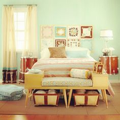 Mint vintage decoration for bedrooms.. Lovely!