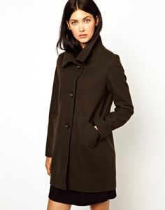 Sessun Ovoid Coat with Funnel Neck