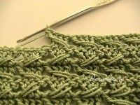 Free crochet relieve stitch pattern with tutorial (English and Russian).