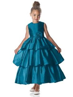 Flower girl dresses and the right color