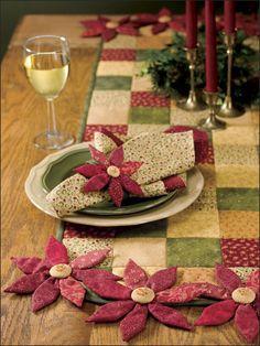 Poinsettia Table Set