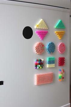 Magnetes - perles à repasser : http://www.creactivites.com/229-perles-a-repasser