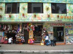Storefront_Banos_Ecuador.JPG