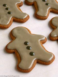 Simple Iced Gingerbread Man Cookies christma 2013, ice gingerbread, food, gingerbread men, holiday idea, cooki ice, cookies, gingerbread man, bake cooki