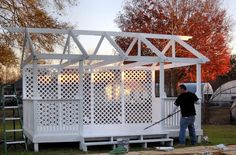 gazebo made from old pallets