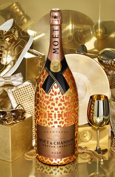 MOËT & CHANDON NECTAR IMPERIAL ROSÉ – 6-LITRE METHUSELAH LUXURY EDITION WITH 22-CARAT GOLD LEAVES RETAIL $5,000 US AVAILABLE DEC. 1ST