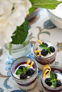 Blackberry Curd Cheesecake in a Jar: click for recipe
