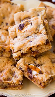 Soft, chewy, and buttery homemade blondies. No mixer required and under 30 minutes!