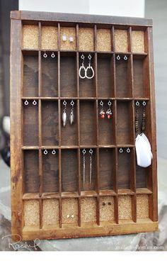 DIY: earring holder