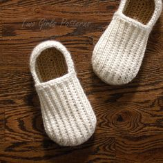 Crochet Pattern for Mens House Slippers the by TwoGirlsPatterns, $5.50