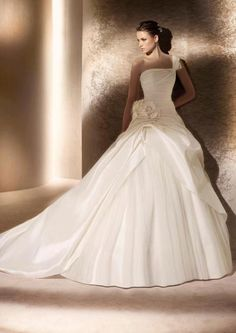 wedding dressses, bridal collection, ball gowns, weddings, san patrick, dresses, the dress, one shoulder, bride