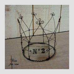 vintage look wire crown