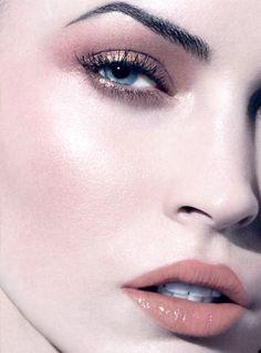 Giorgio Armani 'Luce' Spring 2012 Makeup Collection - neofundi