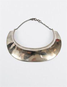 Quarry Hirshorn Large Collar- White