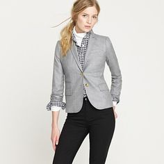 Best blazer! I love how light weight it is, the tailored cut is fantastic.