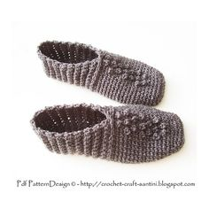 Grey Rib Pebble Slippers. Warm and light, 1 skein!