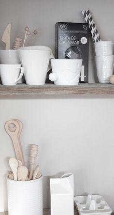 Kitchen wooden accessories