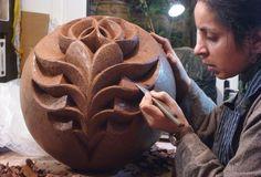 halima cassell, edg, dark clay, artist influenc, ceramiqu contemporain, sculptur, clay misc, art univers, art sake