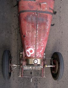 Bugatti race car, rusti scrap, bella auto, vintag race