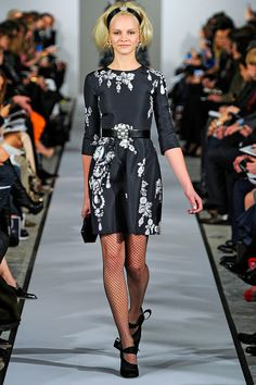 Oscar de la Renta Fall 2012 Ready to Wear runway show