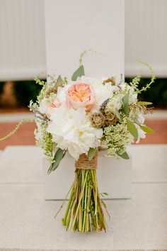 rustic wedding bouquet :: www.weddingchicks.com