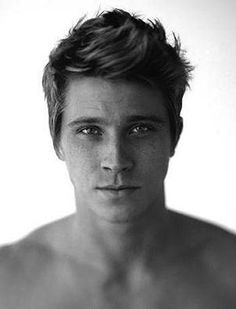Garrett Hedlund from country strong