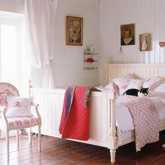 love the bed, the light, the floors and the bead board paneling.