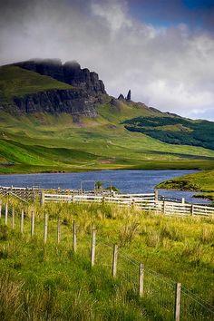 Scotland - Old Man of Storr (Isle of Skye)