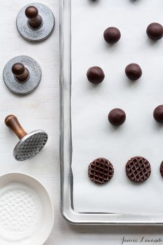 white chocolate dipp