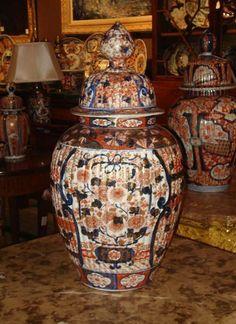 Antique Japanese Imari Temple Jar