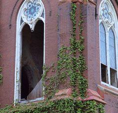 Abandoned church, St Louis, MO